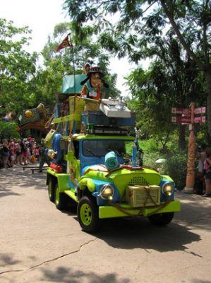 AK Parade