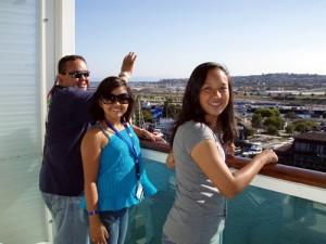 Stockwell Family on Mariner stateroom 9230's balcony