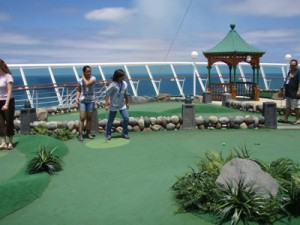 Miniature Golf on the Mariner of the Seas