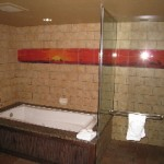 Soaking tub/shower – 1 Bedroom Villa