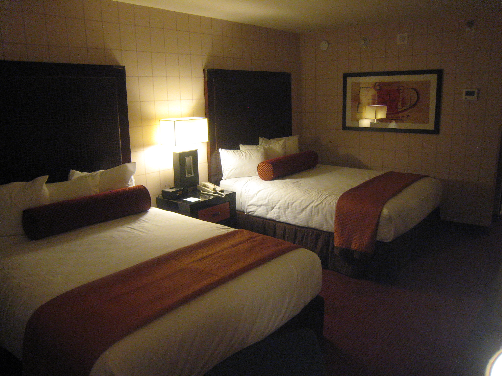 Red Lion Maingate Bedroom