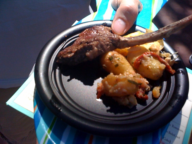 Lamb chop with roasted potatoes