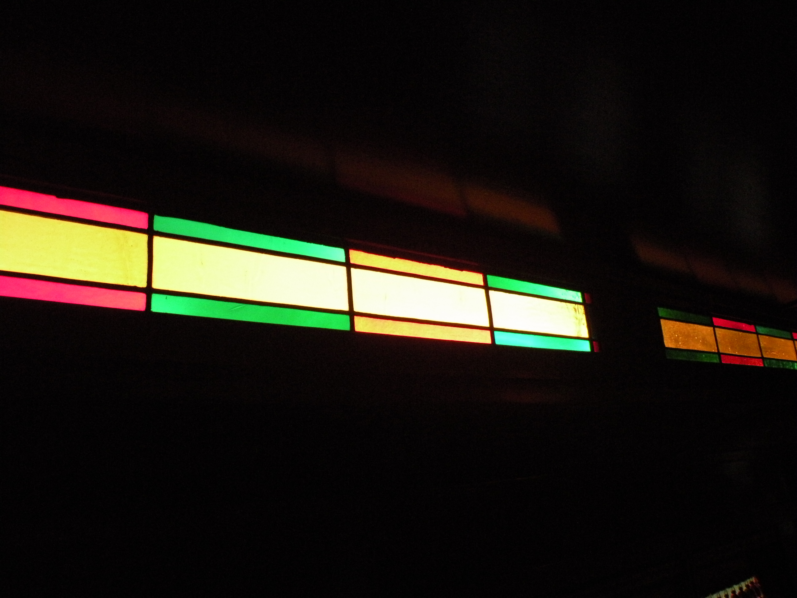 Side stained glass