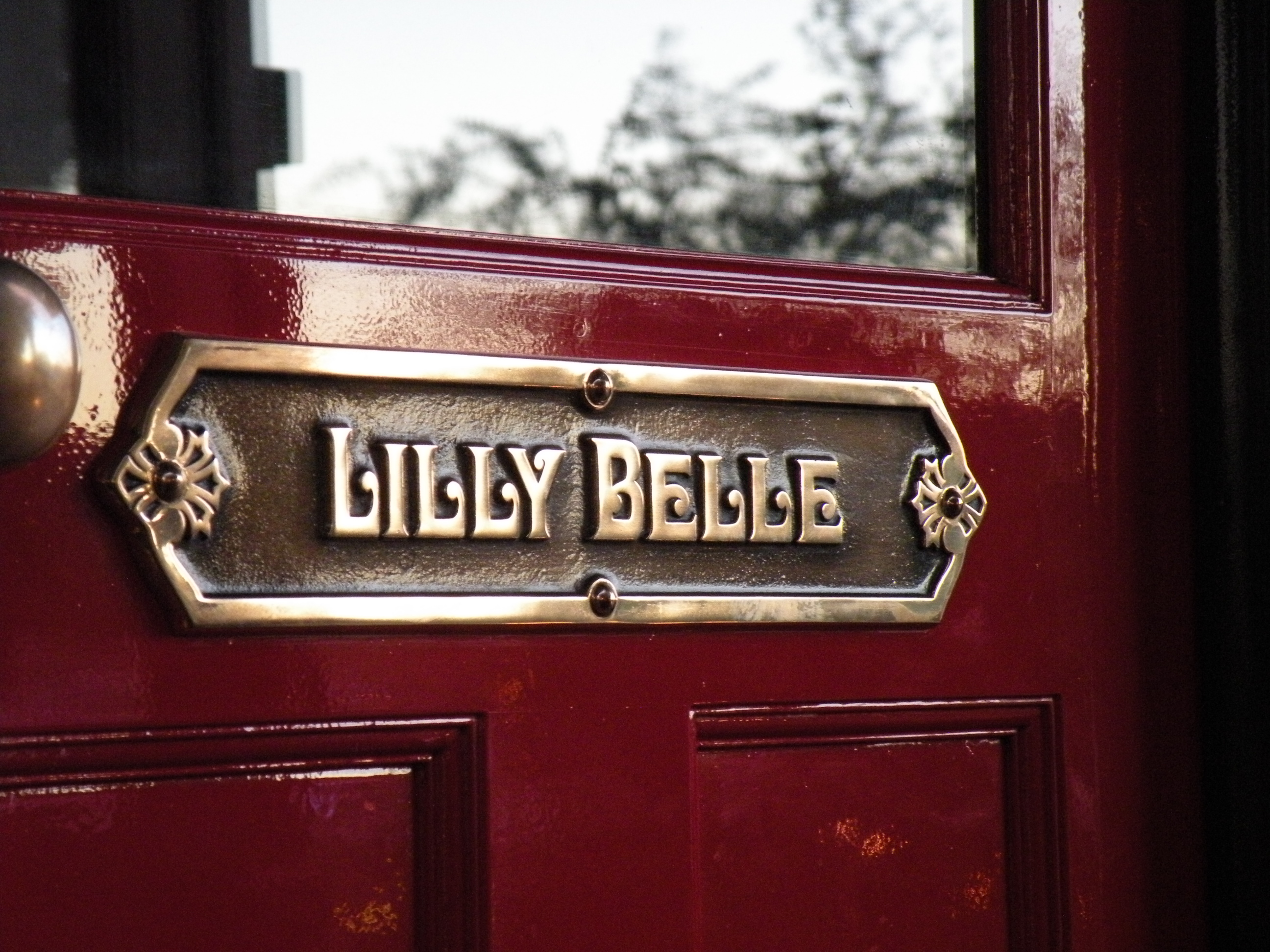 Lilly Belle sign