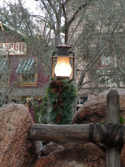 Decorations in Frontierland