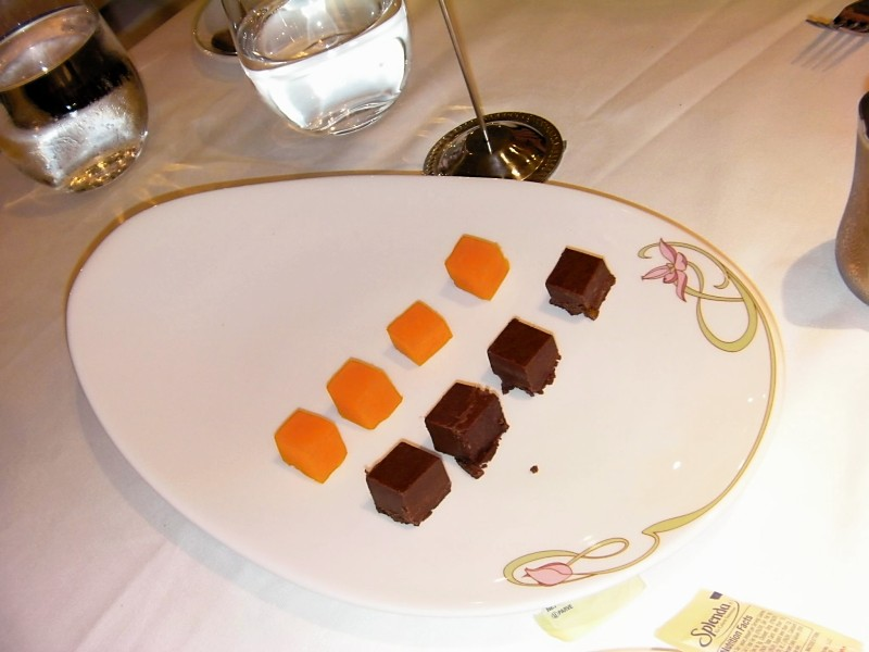 Disney Dream - Palette Cleanser, Papaya cubes and fudge