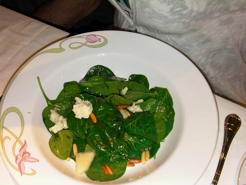 Disney Dream - Spinach Salad with Goat Cheese