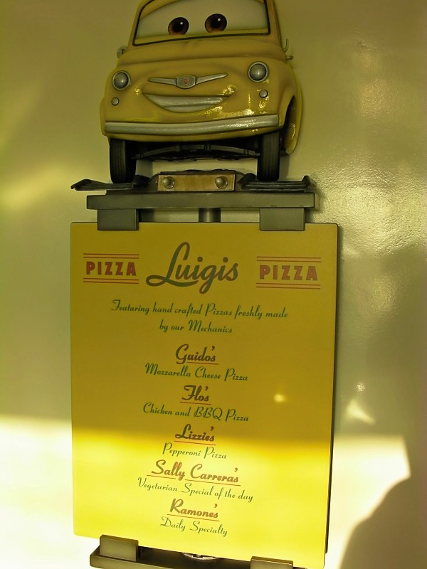 Disney Dream Luigis Pizza