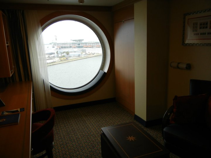 Disney Dream Oceanview stateroom category 8B