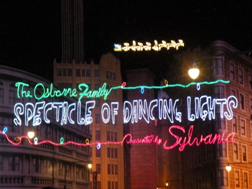 Osborne Family Spectable of Dancing Lights