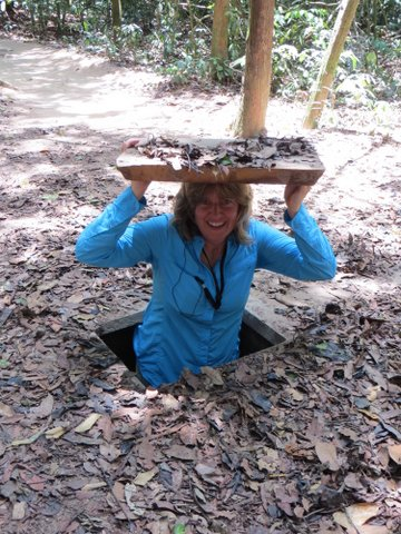 Exploring the Cu Chi tunnels