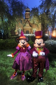 Mickey and Minnie ready for Halloween