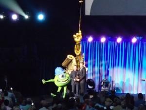 Billy Crystal accepting award