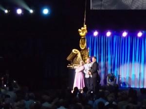 Glen Keane accepting his award