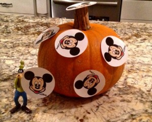Goofy and the pumpkin