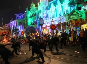 My favorite group: The Grave Diggers in the parade - Copyright Liliane Opsomer