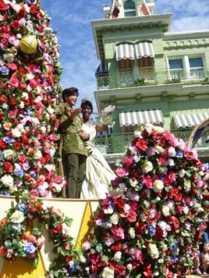 Festival of Fantasy Parade Princess Float (1)