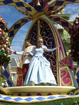 Festival of Fantasy Parade Princess Float (11)