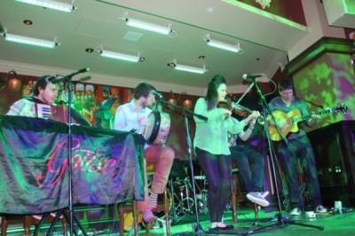 The energetic Goitse band