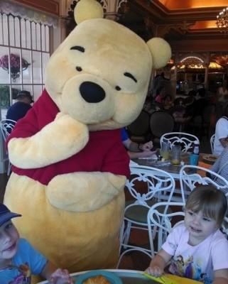Breakfast_Pooh