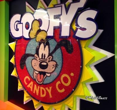 Goofy's Sign