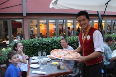 Outdoor dining at Via Napoli