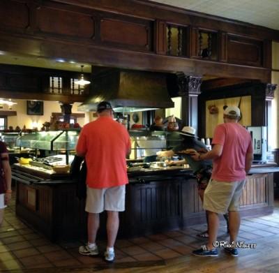 Fixins Bar at Pecos Bill