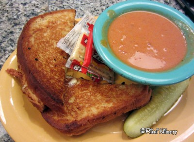 Beaches and Cream Grilled Cheese