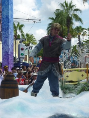 Frozen Summer Fun Live Hollywood Studios Royal Welcome (22)