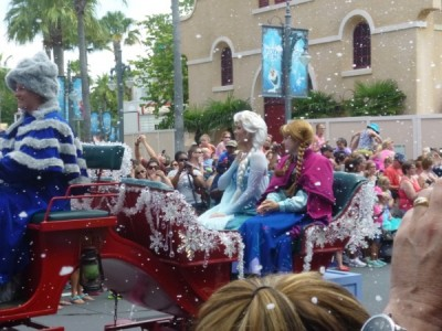 Frozen Summer Fun Live Hollywood Studios Royal Welcome (25)