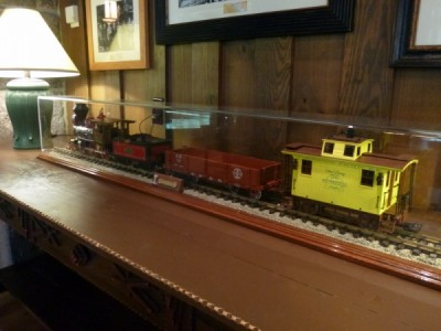 Carolwood Pacific Room Train wilderness lodge 74