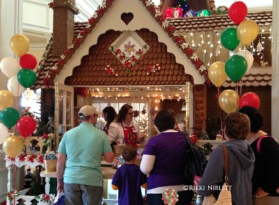 Gingerbread House Store