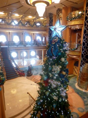Disney Cruise Line very merrytime cruise holiday christmas 10