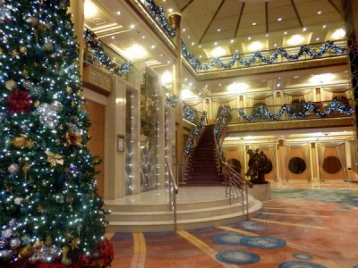 Disney Cruise Line very merrytime cruise holiday christmas 8