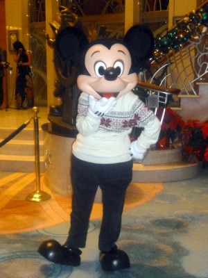 Disney Cruise Line very merrytime cruise holiday christmas 9