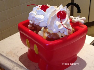 Mickey Pants Sundae