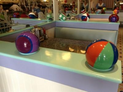 Beaches & Cream Beach balls