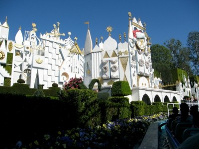 it's a small world at Disneyland Park