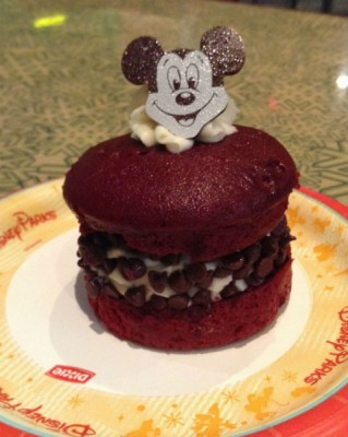 Sunshine Seasons Whoopie Pie