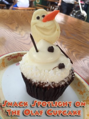 Snack Spotlight on the Olaf Cupcake