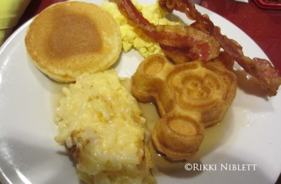 Chef Mickey's Plate 1
