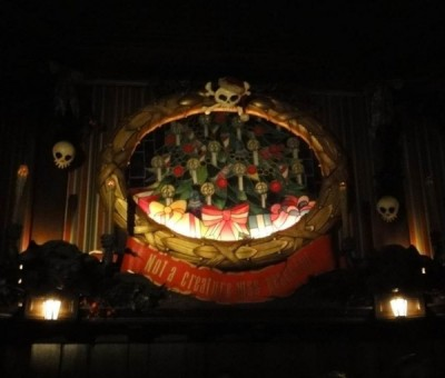 Haunted Mansion Holiday (15)