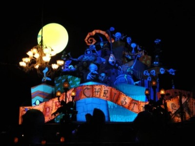 Haunted Mansion Holiday (2)