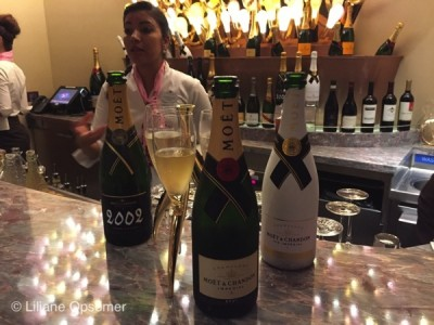 Trio Champagne at Pink Disney Dream