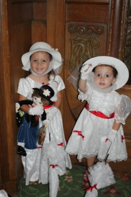 Mary Poppins girls