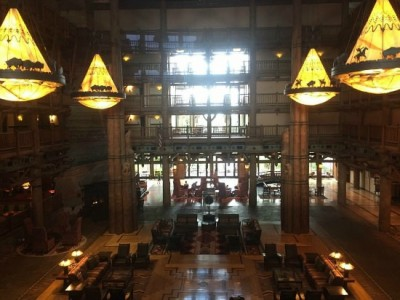 pros and cons of Disney resorts Wilderness Lodge Lobby