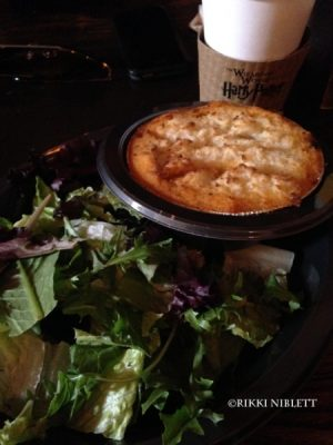 the-leaky-cauldron-cottage-pie