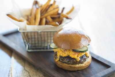 burger-with-pimiento-cheese-2