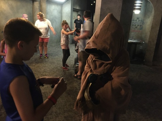 Trading with Jawas