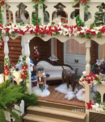 gingerbread-display-grand-floridian-details